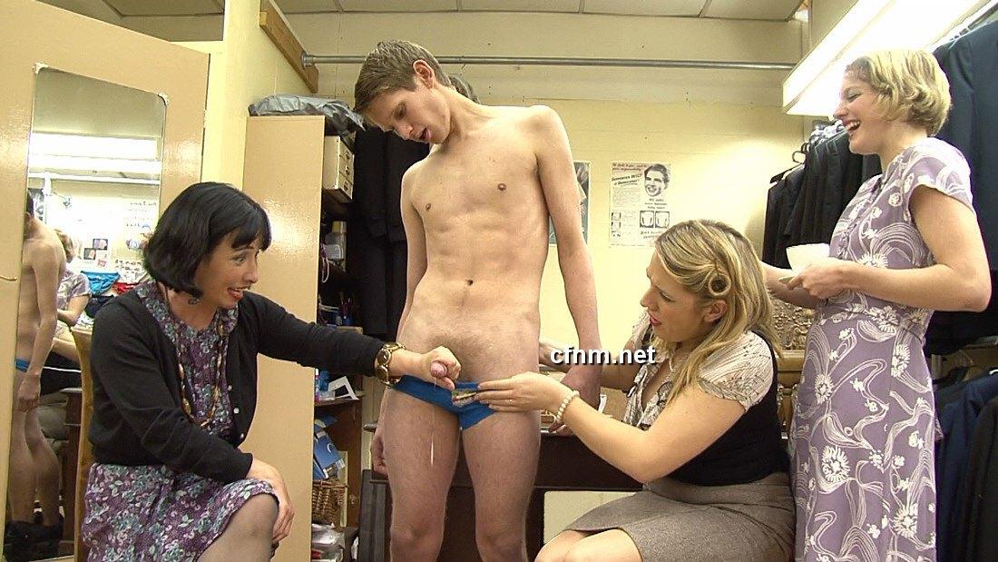 Women seducing men sex clips