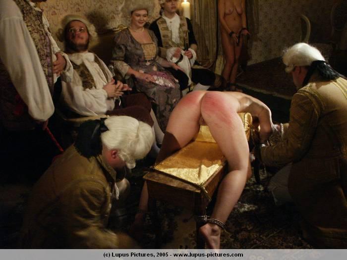 порно18 век видео барин и служанка